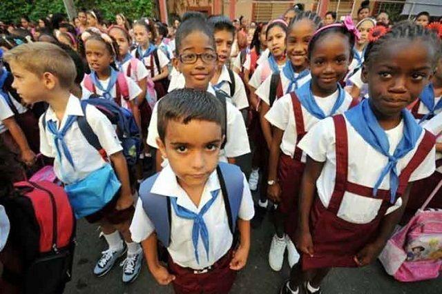 Más de un millón 750 mil estudiantes comienzan hoy en Cuba el curso escolar 2017-2018