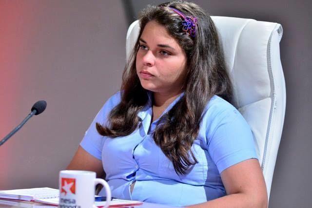 La joven estudiante Niubys García Otaño, presidenta nacional de la Federación de Estudiantes de la Enseñanza Media (FEEM), definió en su intervención que participar en Sochi será una genuina experiencia.