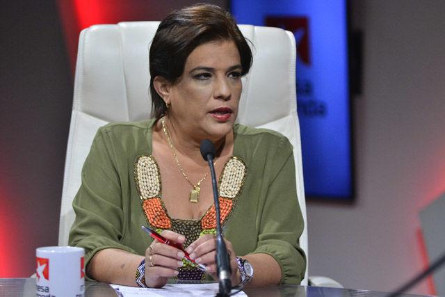La doctora y periodista Ana Teresa Badía Valdés valoró que lo que ha ocurrido no se puede ver separado de lo que ha estado sucediendo en Venezuela. Estos comicios representan un crecimiento en la conciencia ciudadana en relación al gobierno del presidente Nicolás Maduro.