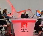 El espacio televisivo Mesa Redonda dedicó su emisión de este miércoles 17 de enero al amplio intercambio sobre el ambicioso desempeño de alumnos y profesores en la recuperación.