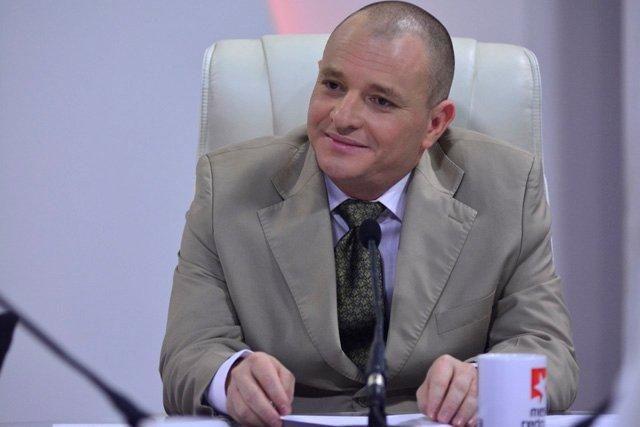 Onelio Castillo Corderí, informó que no es una prioridad del Sistema Nacional de Radio, crecer en emisoras especializadas.