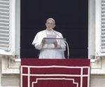 El papa hizo un llamado a que permitieran que entre ayuda humanitaria al país árabe. | Foto: EFE