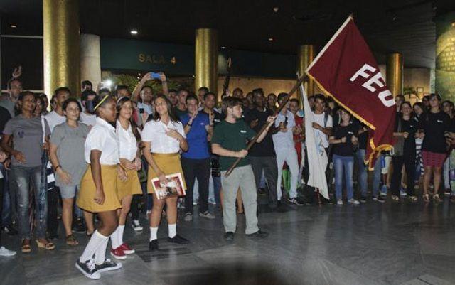 Más de 5 000 estudiantes universitarios del país son hoy alumnos ayudantes