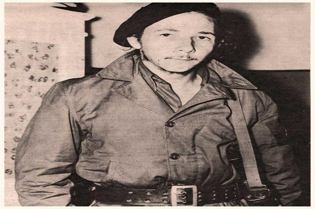 Comandante Raúl Castro Ruz, jefe del Segundo Frente Oriental Frank País.