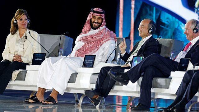 Representantes de SoftBank y Arabia Saudita planean el mayor proyecto de energía solar