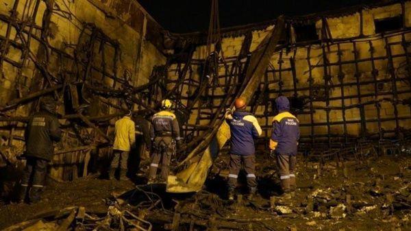 Un tribunal ruso ordenó prisión preventiva para dos personas vinculadas al incendio. | Foto: EFE