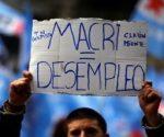 Argentinos denuncian la política neoliberal de Mauricio Macri | Foto: Reuters