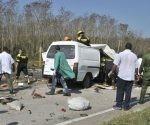 El 70 por ciento de los accidentes con consecuencias masivas se produjo por realizar adelantamientos indebidos, violar los límites de velocidad o perder el control de los vehículos.