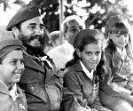 Fidel y los pioneros de cuba. Tomada del sitio Fidel soldado de las ideas