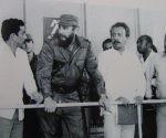 Fidel Castro junto al Comandante de la Revolución, Juan Almeida Bosque en la inauguración de la Terminal de Azúcar a Granel de Puerto Carúpano, Las Tunas, 20 de enero de 1978