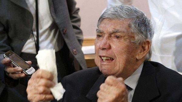 Cuba lamenta que 'terrorista' Posada Carriles haya muerto impune