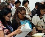 Participantes en la Comisión de Asuntos Económicos, durante la Sesión Extraordinaria de IX Legislatura de la Asamblea Nacional del Poder Popular (ANPP), en el Palacio de Convenciones de La Habana, el 4 de junio de 2018. Participantes en la Comisión de Asuntos Económicos, durante la Sesión Extraordinaria de IX Legislatura de la Asamblea Nacional del Poder Popular (ANPP), en el Palacio de Convenciones de La Habana, el 4 de junio de 2018. Foto: Abel Padrón