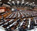 Prestigiosos intelectuales presentes en el Foro de Sao Paulo comparten su opinión sobre nuestra región en la Mesa Redonda. Foto: EFE