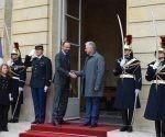 Presidente de Cuba en Francia de visita oficial