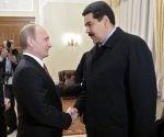 El presidente de Rusia insistió que es necesario dejar al pueblo venezolano decidir el futuro político de su nación. Foto: EFE