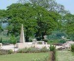 Monumento erigido a la memoria de los heroicos combatientes de la batalla de Guisa