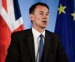 Ministro británico de Asuntos Exteriores, Jeremy Hunt pide confianza para avanzar en las negociaciones del Brexit.