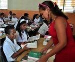 El sector educacional es la base del desarrollo sostenible de cualquier nación